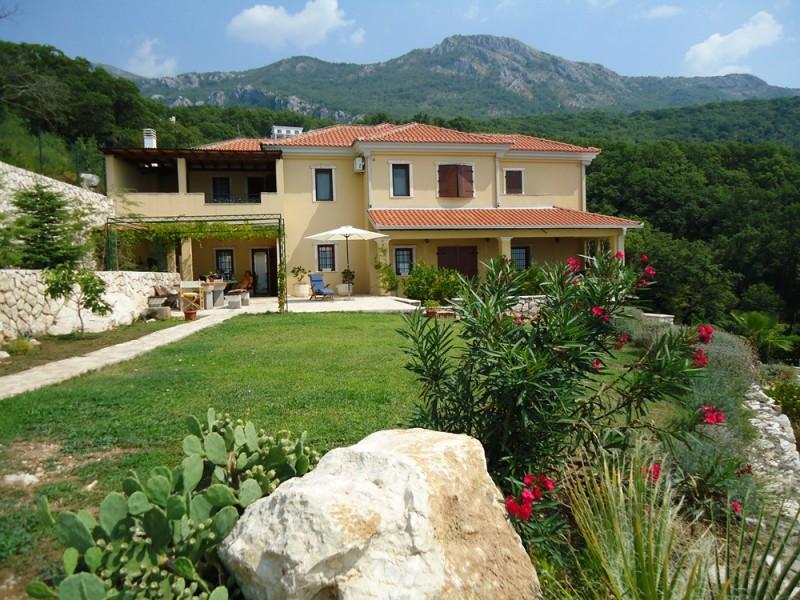 Виллы в черногории аренда